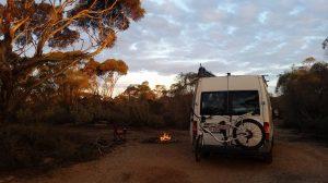 Bush camping, Nullarbor Plains
