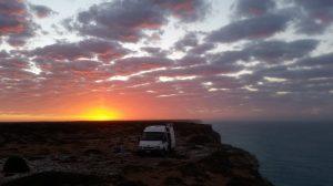 Cliff camping, Nullarbor Plains